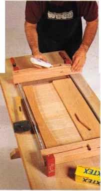 build wood futon frame the 25  best wood futon frame ideas on pinterest   futon frame      rh   pinterest co uk