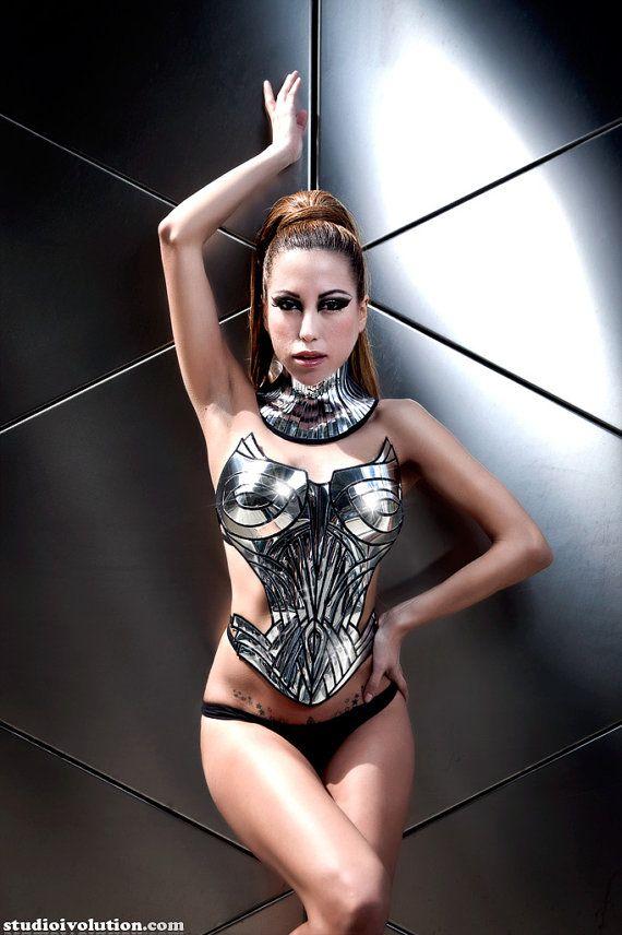Divamp Metropolis corset would make a fantastic burlesque or cosplay costume!