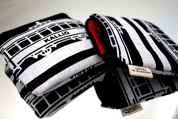 Tram -kukkaro // Tram -purse Design by Pisama Design