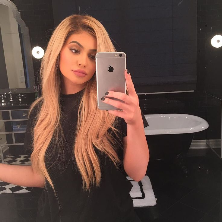 gotta bring the blonde back #kylie #kyliejenner