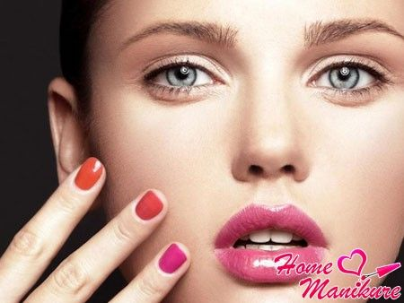 гелевое покрытие ногтей разными цветами