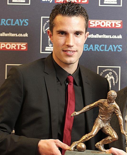 Robin van Persie With Award