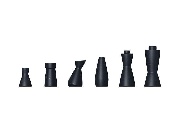 Chess pieces made of Naturalia by PeLi design.