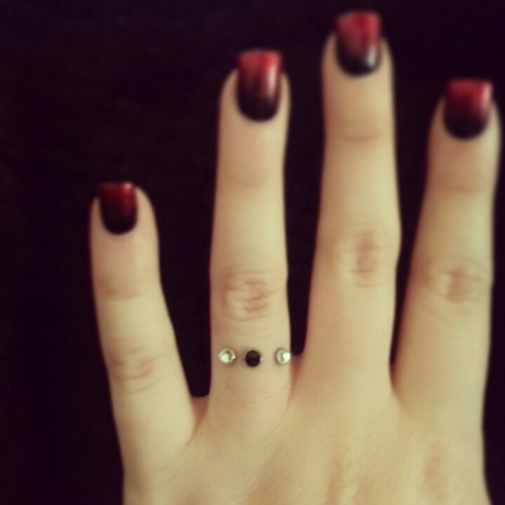 Love My Wedding Ring #dermal