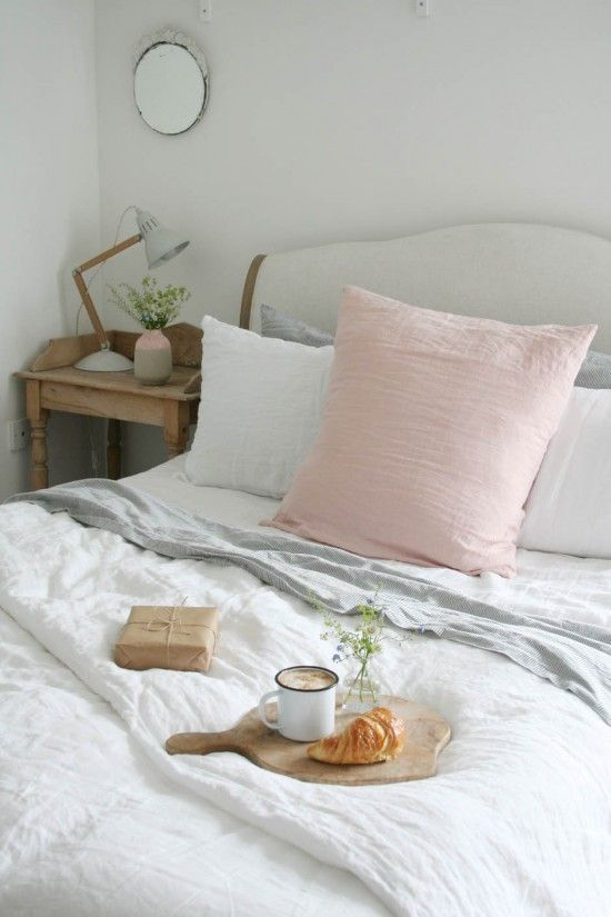 Breakfast in bed with @loafhome crushed Belgian linen   Apartment Apothecary