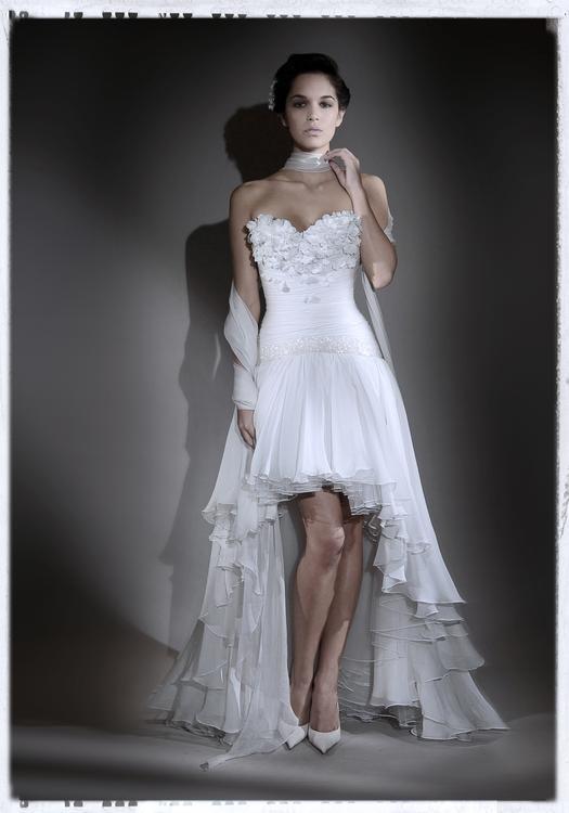 Robe de mariée Nicolas Fafiotte - bustier cœur en mousseline de soie ...