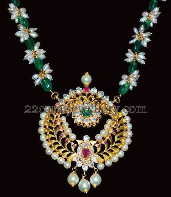 Jewellery Designs: Emeralds Pearls Drops Set