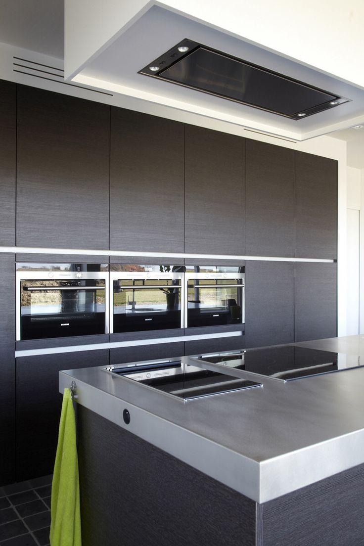 Bruingrijze keukenwand