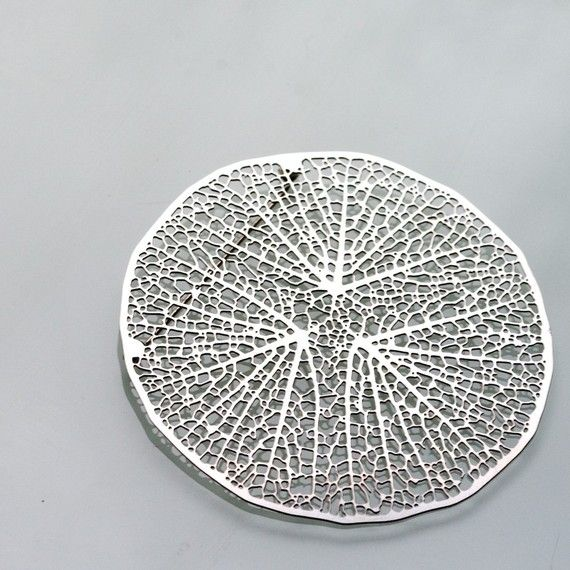 Central Roots Brooch - stainless steel pin, intricate jewelry organic leaf nature science NERVOUSSYSTEM-USA