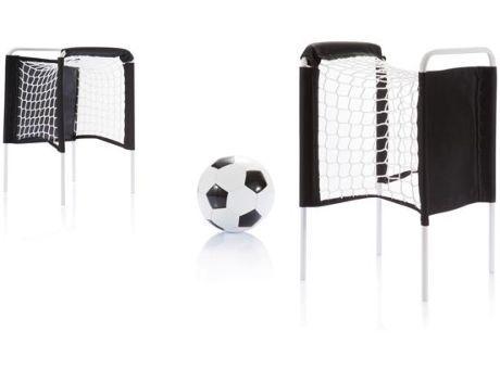 Kompaktes #Fußballset für den #Strand mit 2 Toren, Ball und Ballpumpe. Ideal um die berühmtesten Fußballschlachten nachzustellen.