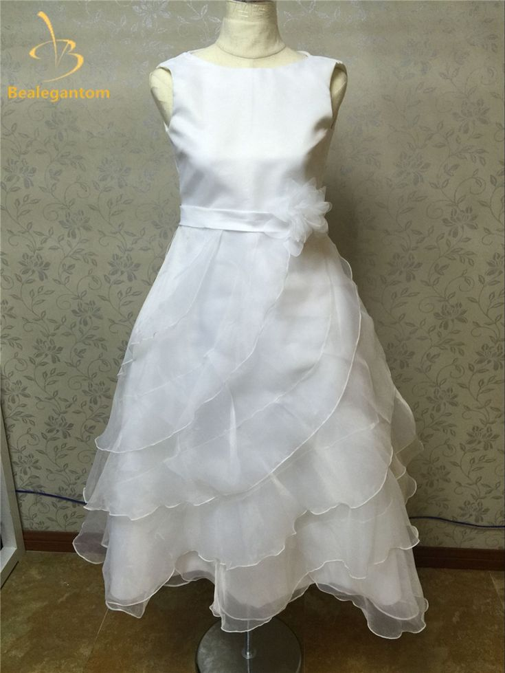 2017 Ball Gown Flower Girl Dresses with Beading Girls Pageant Gown First Communion Dresses For Girls QA759