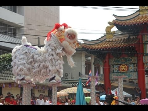 China Town in Bangkok on Chinese New Year - youtube.com/maniapodrozowania