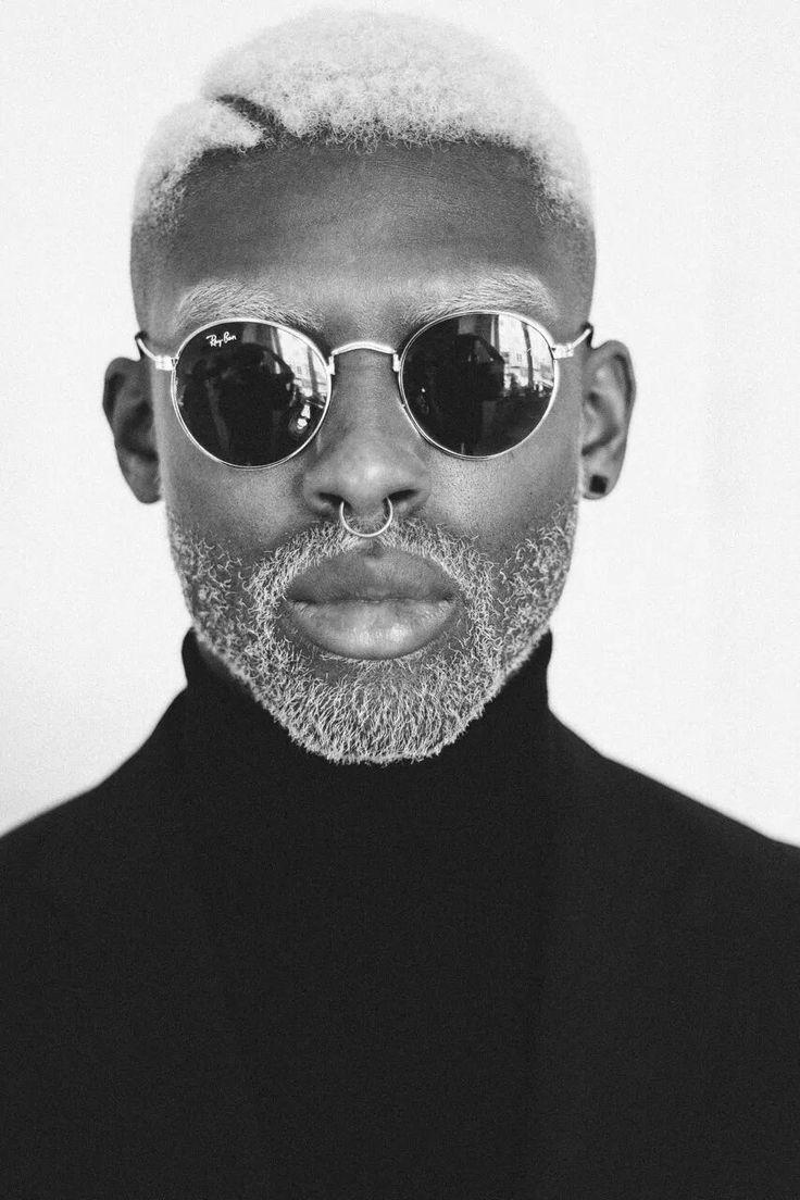 Les 25 meilleures id es de la cat gorie coupe afro homme sur pinterest coupe afro homme black - Degrade homme afro ...