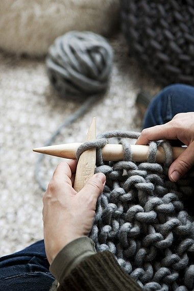 I need to learn how to knit and then get some really big knitting sticks and soft thick fluffy yarn!!