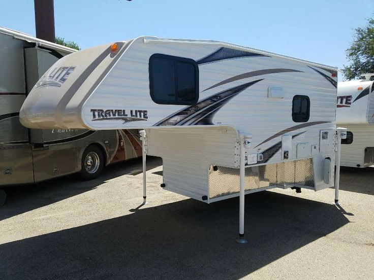 2017 Travel Lite 840SBRX. This vehicle is presented