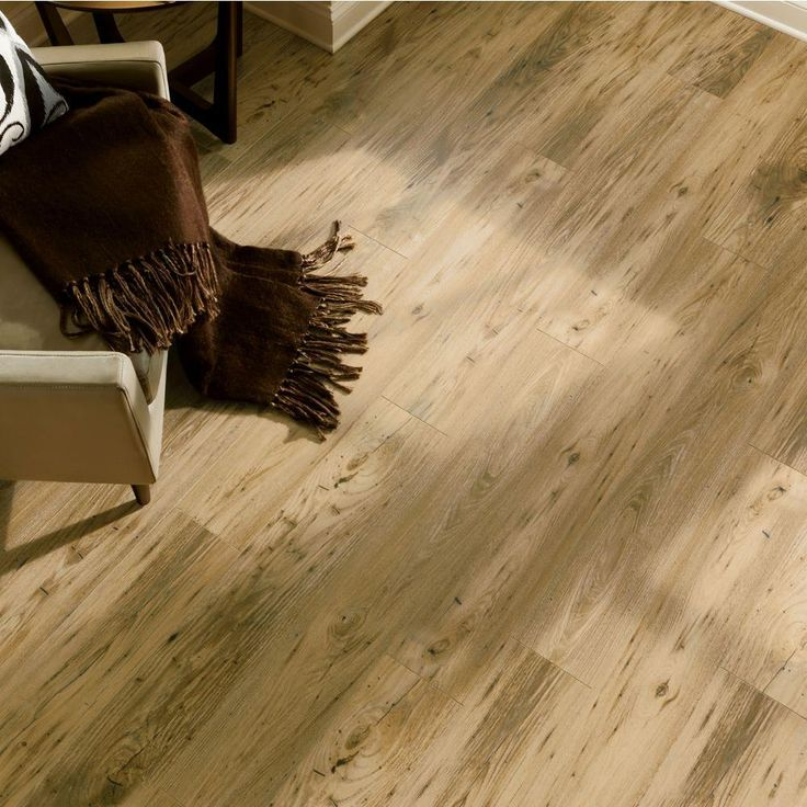 Bruce Reclaimed Chestnut 12 Mm Thick X 65 In Wide 4783 Length Laminate Flooring 15105 Sq Ft Case