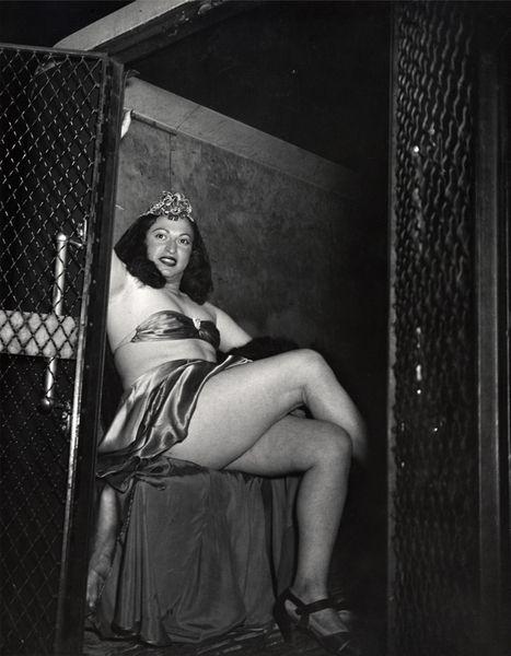 Transvestite in a police van, 1941, weegee
