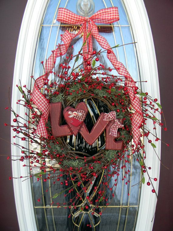 35 best images about 101 valentine wreath ideas on for 101 crazy crafting ideas