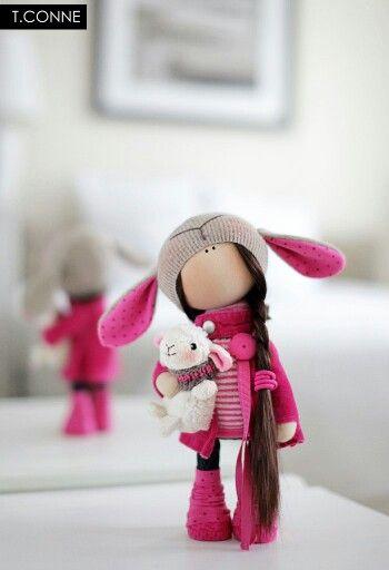 Muñeca con oveja