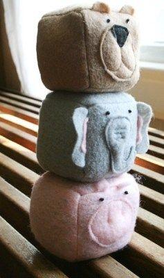 Como hacer juguetes de fieltro con sonajero para bebes