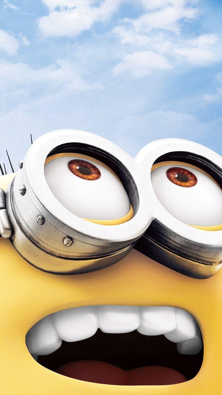 2014 Halloween minion big eyes iphone 6 wallpaper - Despicable Me, blue sky
