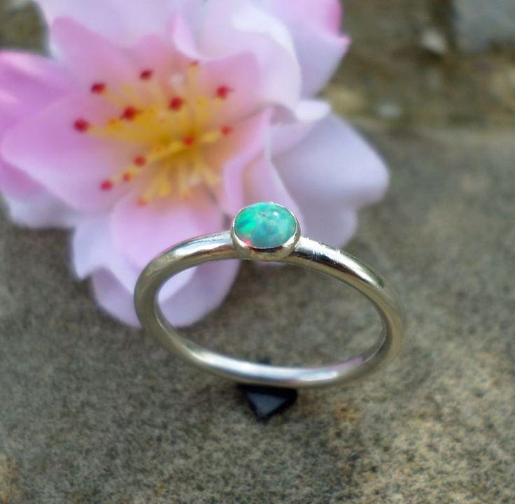 Inel Handmade  Opal si Ag.925