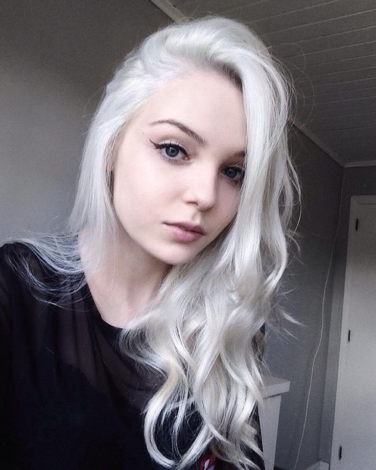 Long silver dyed hairstyle by maridevogeski