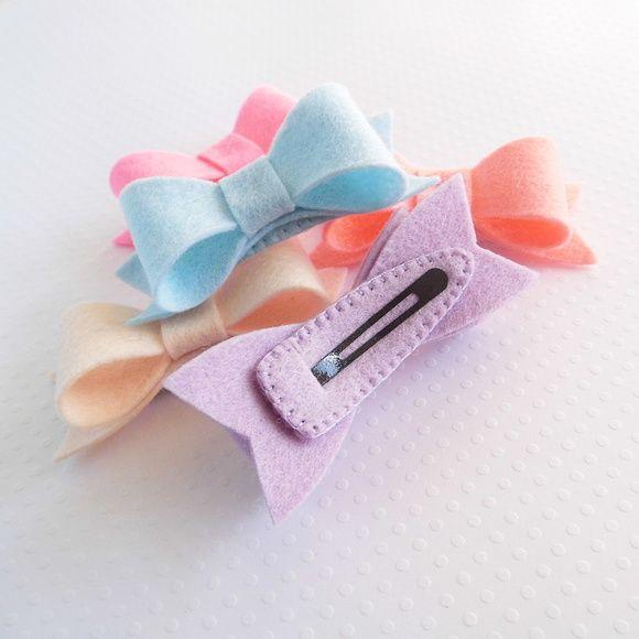 Hair clip - Lacinho de feltro