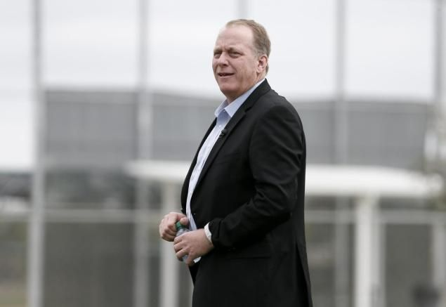 Former Boston Red Sox pitcher Curt Schilling was fired by ESPN.4/21/16.