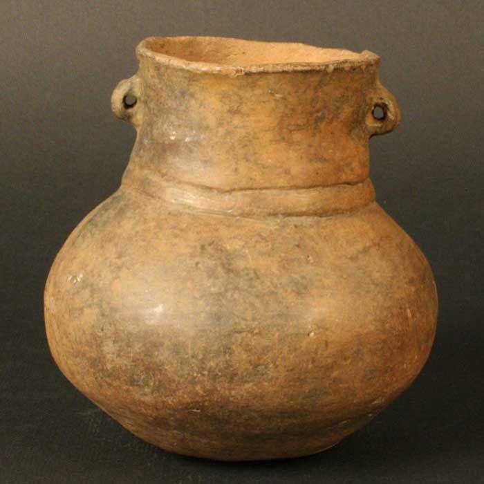 Cántaro pequeño – Chile Precolombino   Material(es): Cerámica Período: Agroalfarero Temprano +- 600 d.C. Medidas: 97mm de alto Cultura: Pitrén