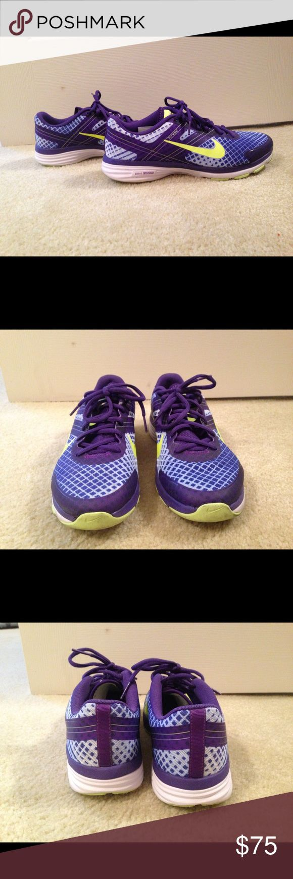 Nike Dual Fusion Flywire! Women's size 8, Nike dual fusion. Worn twice. In perfect condition. Nike Shoes Sneakers