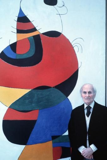"""Entrada en el blog """"Mirades Menudes"""" con una presentación de youtube sobre Joan Miro con algunos de sus cuadros más famosos."""