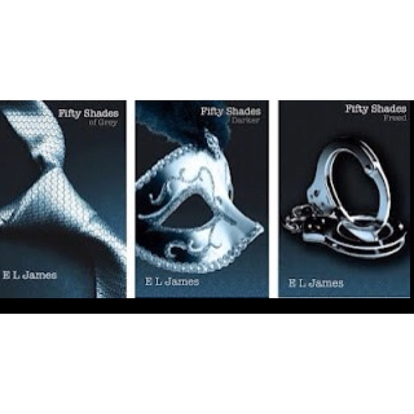 """Fifty Shades of Grey... love!... """"laters baby""""Books Worth Reading, Christian Grey, Grey Lov, Summer Reading Lists, Fifty Shades, Gray Lov, Book Series, Good Books, Complete Addict"""