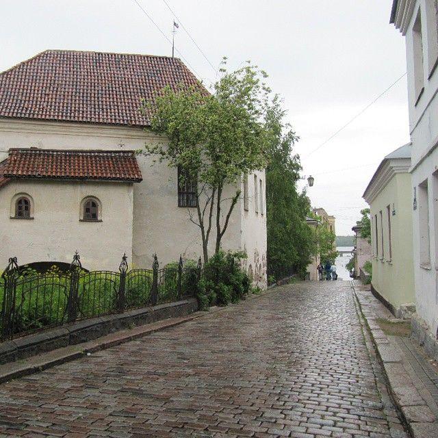 #Rusia#russia#city#ciudad#arquitectura#paseo#edificios#lluvia#camino#Vyborg#Viborg#Viipuri#Выборг