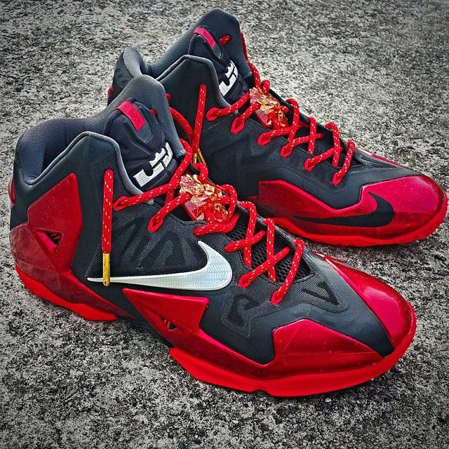 """Laced Up Laces x Lebron 11 """"Away"""" 
