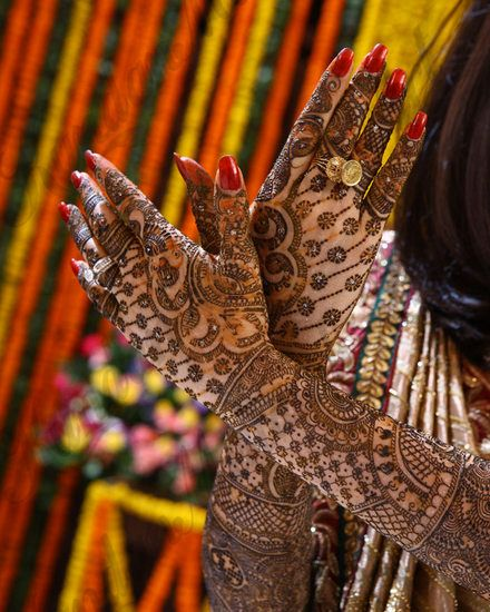 Kundan Mehendi Artist Info Review|Mehendi Artists in Delhi|Wedmegood
