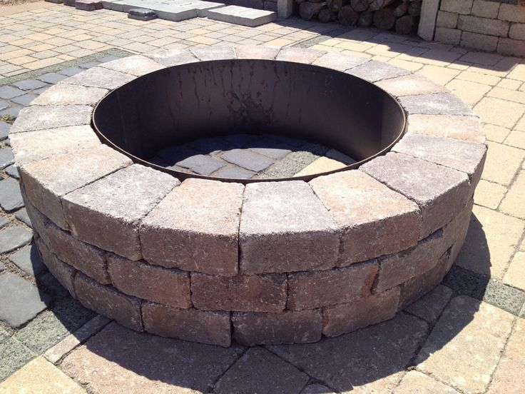 Best 25 best fire pit ideas on pinterest for Do it yourself fire pit ideas