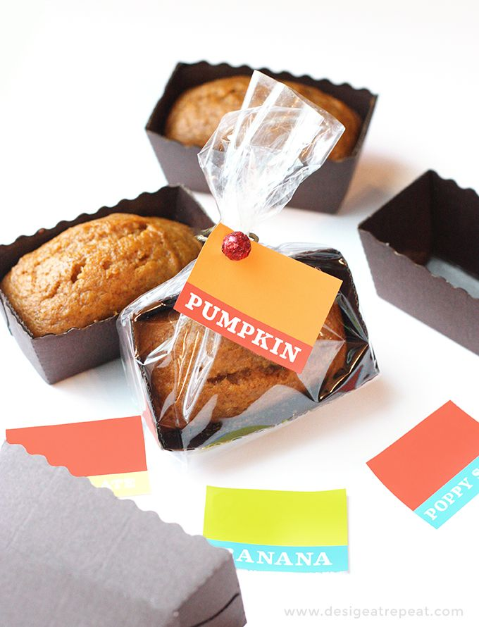 Mini Pumpkin Bread Loaves Recipe & Free Printable Tags | Design Eat Repeat