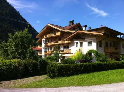 Apart Hotel Garni Austria (***)  ROMEL VELASCO TOGNACCIOLI has just reviewed the…
