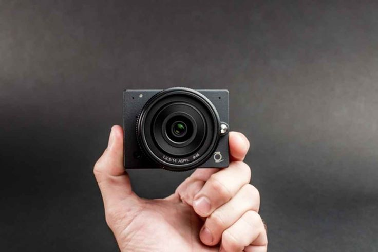 The E1 Camera Is The Smallest Micro Four Thirds Camera Ever - UltraLinx