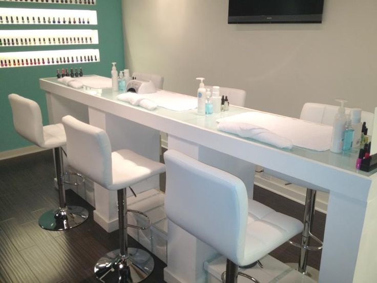10 best ideas about nail station on pinterest manicure for Nail salon table