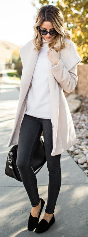 Wear a pair of black mocassins with skinny jeans and a pale coat on crisp autumn mornings for a fabulous fall look. Via Emily Jackson.   Coat: Trina Turk, Jeans: Rag and Bone, Top: Equipment, Bag: Givenchy, Mocassins: M. Gemi. Casual Outfits.