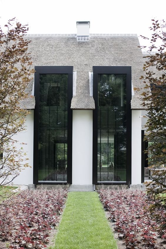 Beautiful high windows with thatched roof!: