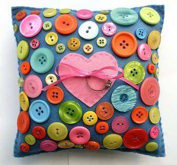 riciclo-creativo-bottoni-idee-fai-da-te-da-realizzare-con-bambini (23)