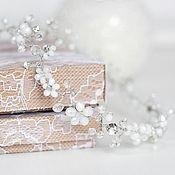 Купить или заказать Венок-веточка для свадебной прически. Украшение бежево-персиковое. в интернет-магазине на Ярмарке Мастеров. Свадебное украшение, веточка для прически, свадебная прическа, украшение для невесты, свадьба. _____________________________ Этот нежный свадебный веночек будет универсальным украшением для любой прически. Сделан в виде гибкой веточки длиной примерно 33 см. Выполнен из натуральных жемчужин, стеклянных бежево-персиковых бусин, кристально-прозрачных бусин и стразов в…