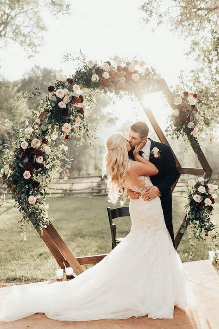 20 Burgundy and Greenery Wedding Color Ideas