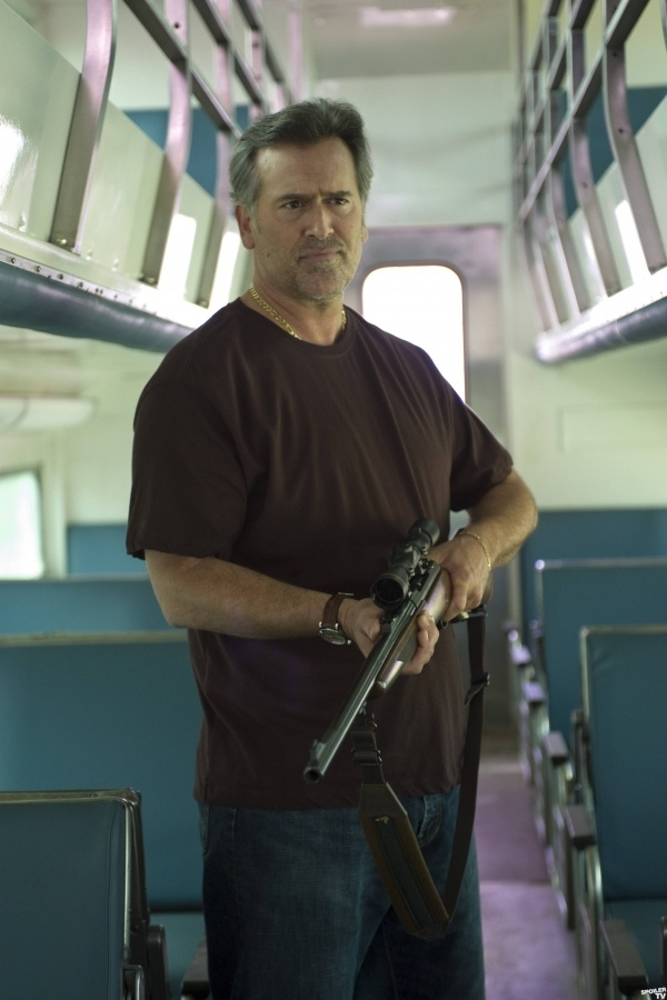 Bruce Campbell.  Ok he would be great as sully in an uncharted movie <--- OMG WIN!