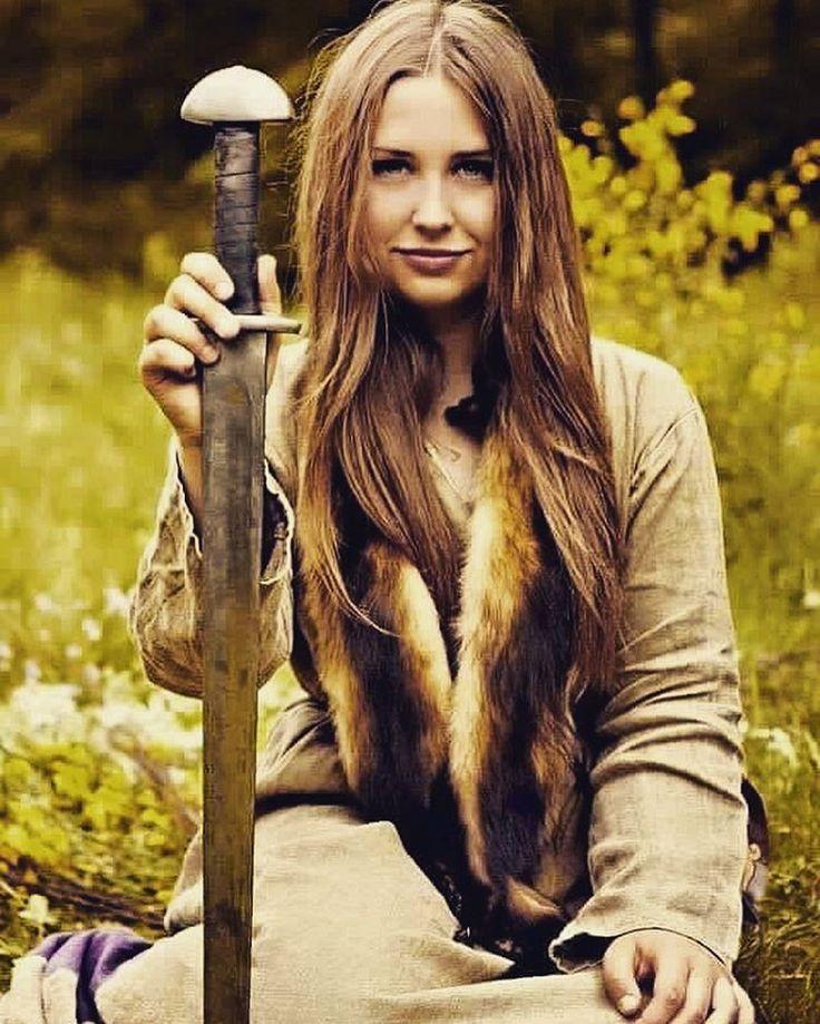 любительские фото скандинавские девушки одной партнёры