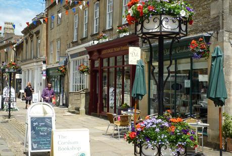 Corsham - Market Town in North Wiltshire - Wiltshire Mobile