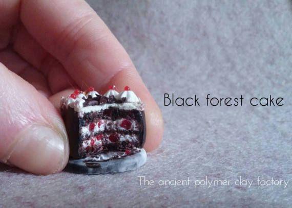 Guarda questo articolo nel mio negozio Etsy https://www.etsy.com/it/listing/520042811/miniature-black-forest-cake